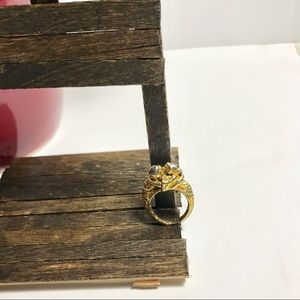 Jewelry - Gold Toned Lovebird Ring